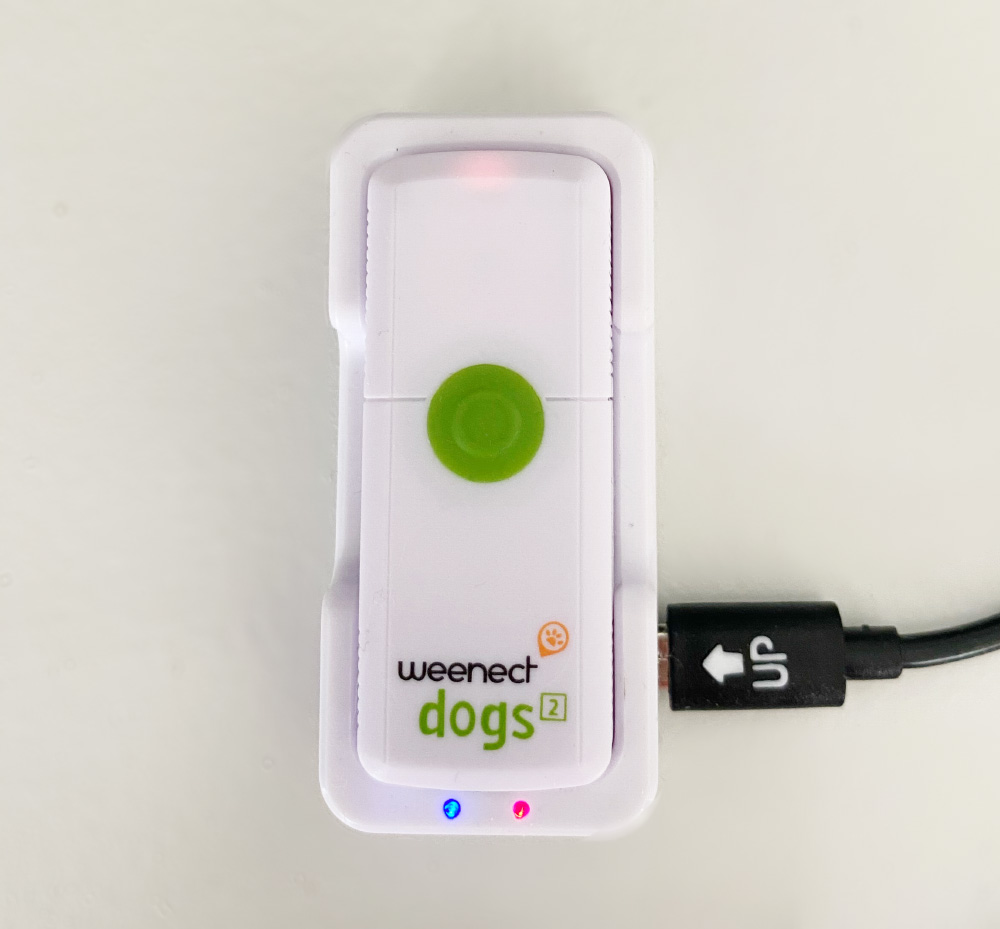 Recharge du mini traceur GPS Weenect